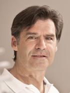 Dr. Manfred Helfen